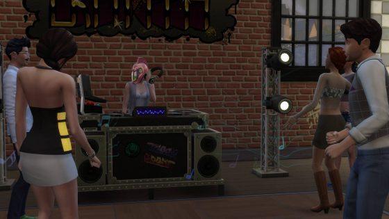 Dj-mixen voor publiek in Windenburg